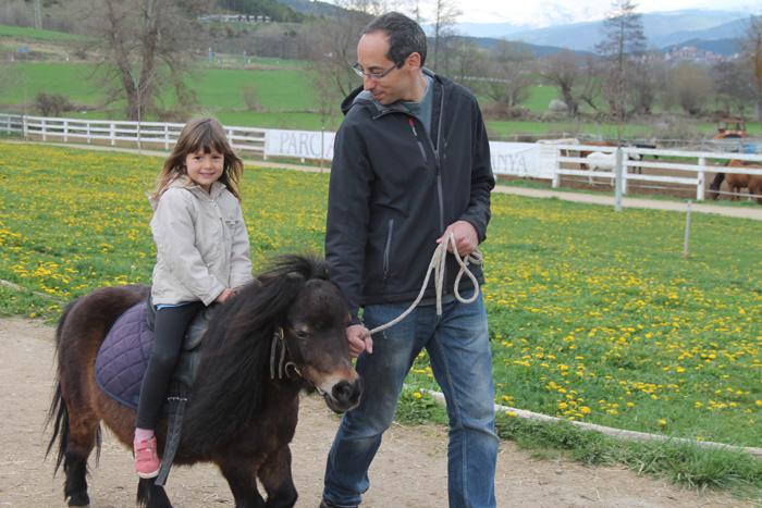 cerdanya resort granja ponis
