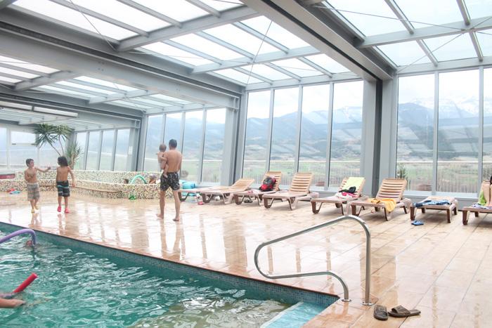 cerdanya resort piscina