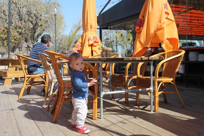 terraza-martinez-amb-nens